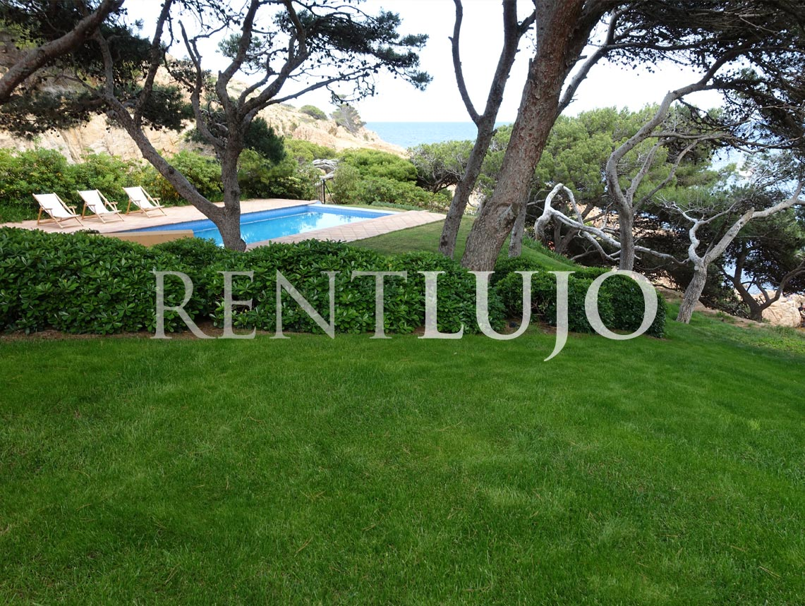 VILLA TAMARIU-Extraordinary Villa on the seafront in Tamariu.-Aigua-Xelida (Tamariu)-COSTA BRAVA